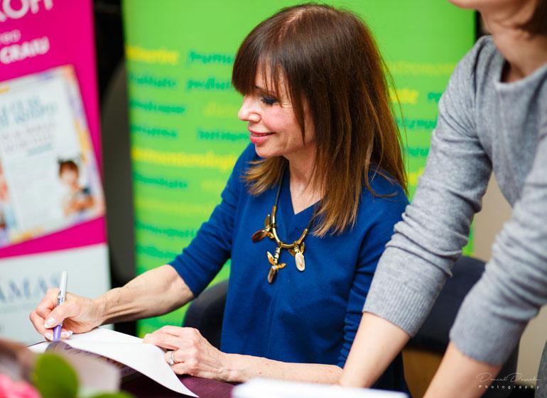 Heidi-Murkoff-autografe